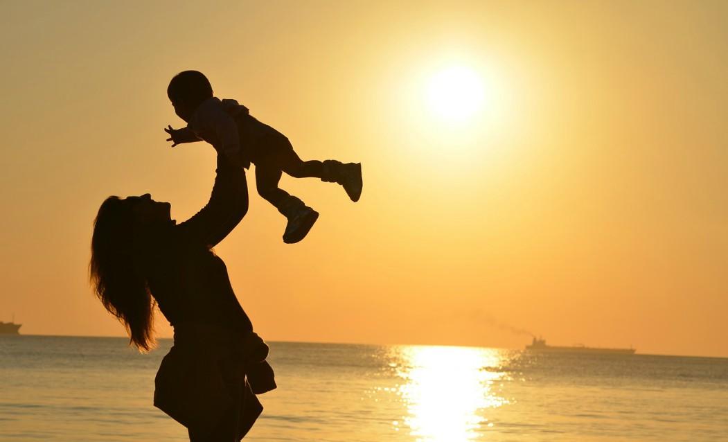 Ako sa zbaviť bolesti krížov v tehotenstve?
