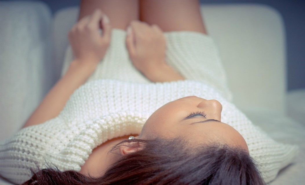 Tŕpnutie nôh a rúk od chrbtice a čo pri ňom robiť